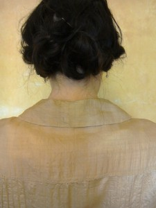 Collar, back