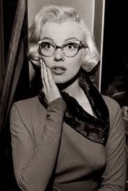 Pola cats eye glasses Marilyn Monroe in How to Marry a Millionaire