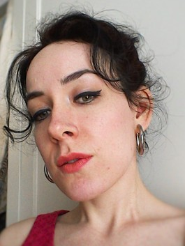 Sixties style make-up