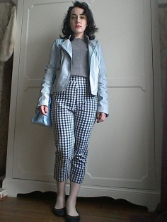 Cropped gingham trousers by The Girl loves vintage Marilyn Monroe style