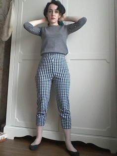 My gingham cropped trousers