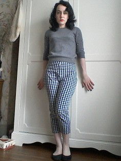 gingham cropped trousers Marilyn Monroe style Fifties