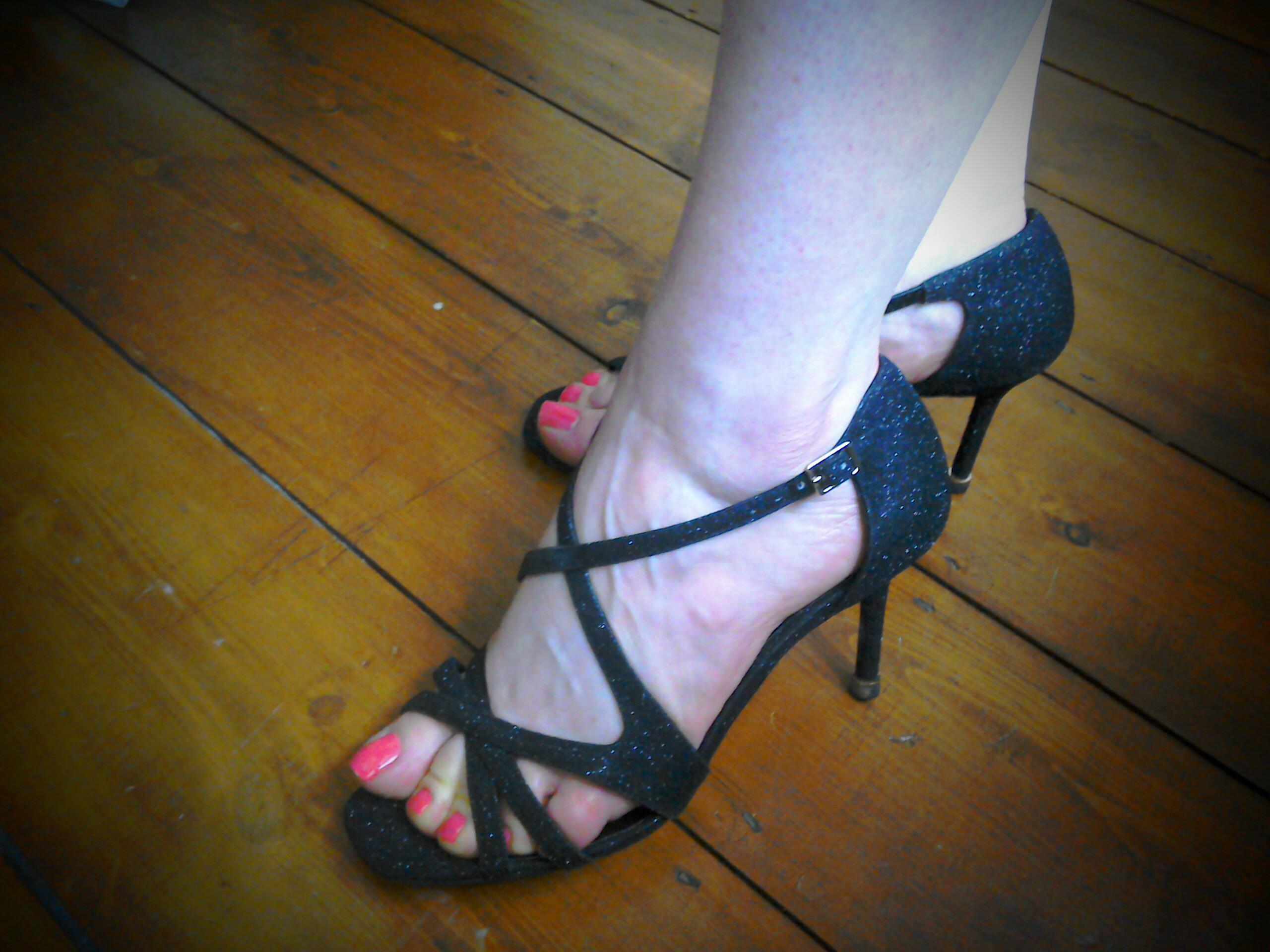 Marilyn style sandals – The Girl loves