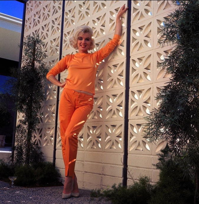 Marilyn Monroe in orange Pucci