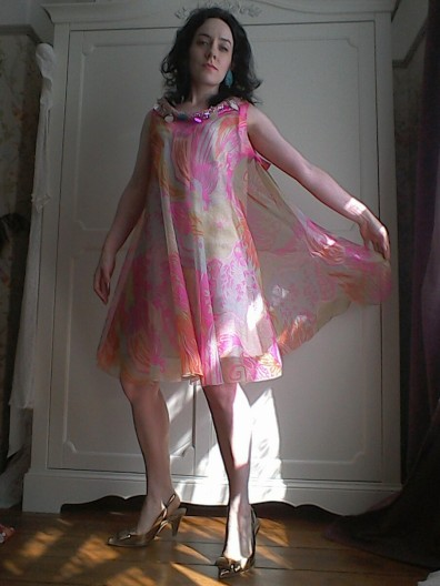 Floaty psychedelic dress tabbard Sixties true vintage like Pucci - gold heels
