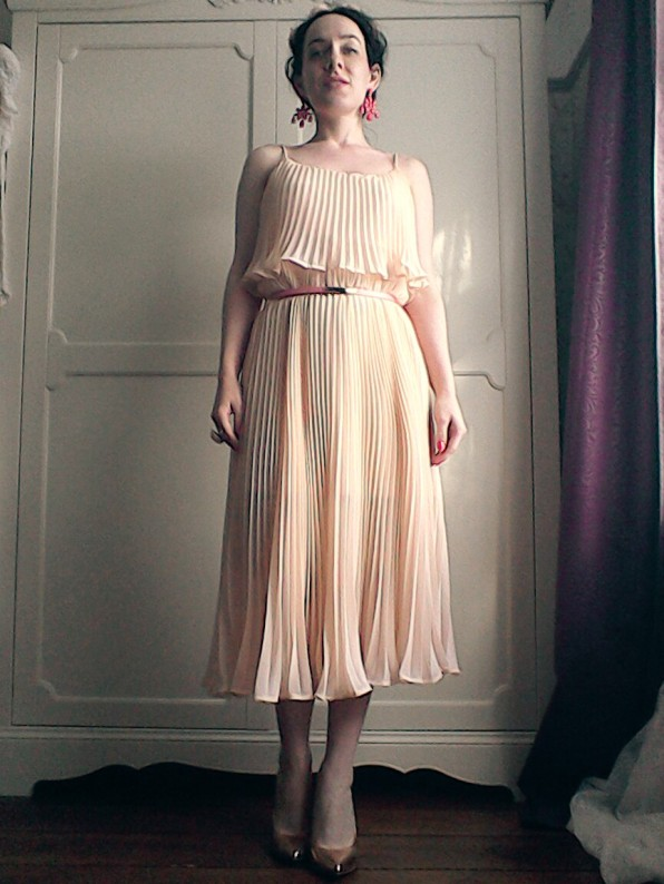 Seventies style pleated summer dress
