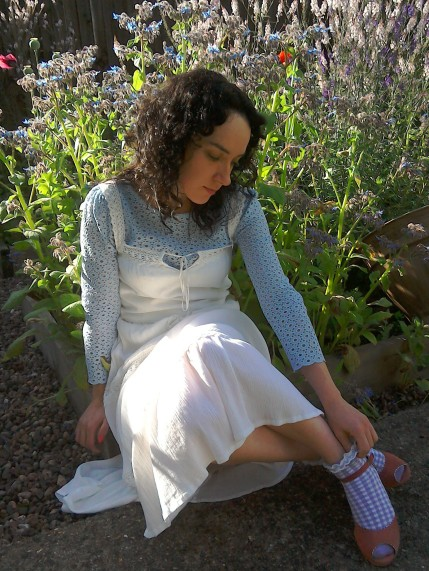 Sky blue broderie Anglaise blouse white dress vintage style