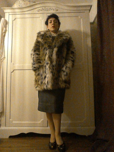 Forties Eighties inspired Bladerunner Rachael faux fur coat outfit