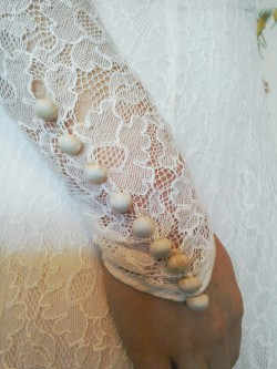 Vintage Thirties lace wedding dress buttons sleeve