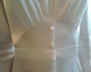 Vintage thirties wedding dress Gathers and buttons on front