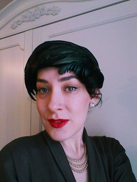 Vintage fifties velvet and feather hat front