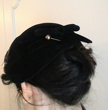 Bow at back of vintage fifties hat and hatpin