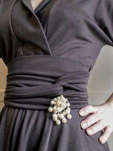 Vintage pearl brooch Peter May dress obi belt tie