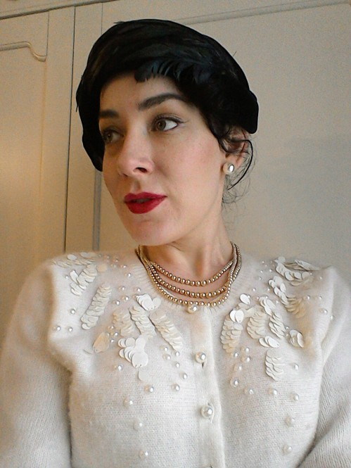 Vintage pearl necklace earrings embellished cardigan fifties feather hat