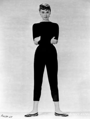 Audrey Hepburn black cropped trousers