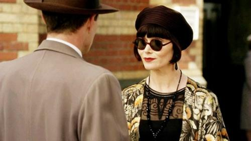Miss Fisher - beret