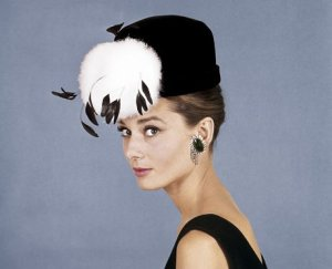 audrey-hepburn-feather-hat-big-clip-on-earrings-holly-golightly
