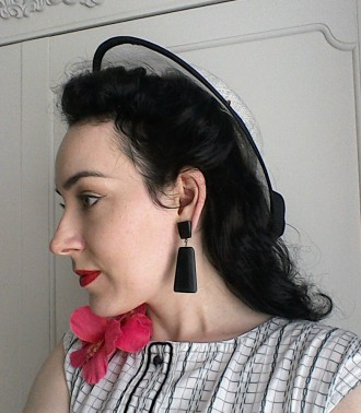 Forties style hat, earrings and flower corsage