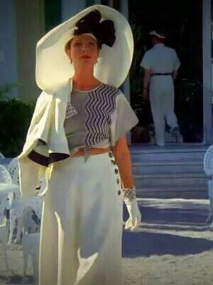 Poirot- Thirties holiday outfit